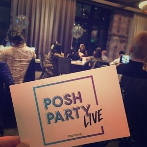 Handbags - 🌸🤗Poshing Live!! Come & join a Posh Live event!